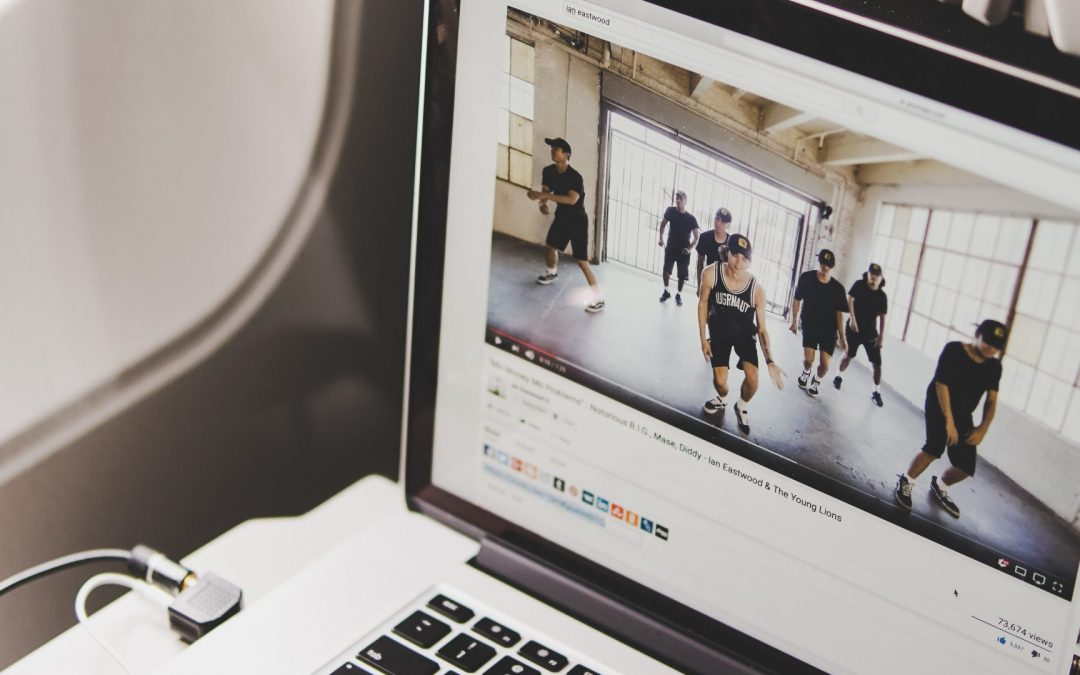 Influencer Marketing für alle: Warum gerade Versicherungen auf Youtube und Instagram gehören!